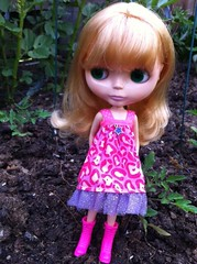 Hitomi in the garden