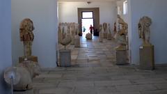 P1280566 (Cinzia, aka microtip) Tags: delos cicladi grecia archeology antichit archaelogy unescoworldheritagesite mithology sanctuary ancientgreece archaeologicalmuseum sculpture