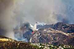 Firefighters Battle 'Almost Unprecedented Wildfire in my city. (Alexandra Rudge. Welcome Summertime!) Tags: alexandrarudge alexandrarudgeimages alexandrarudgephotography santacalritafire canyoncountryfire losangelesfire mountains fireonthemountains helicopterdroppingwater helicopter santaclaritawildfire canyoncountrywildfire sandcanyonwildfire wildfire wow sandfireimages