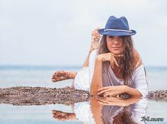 Reflejos divinos (josmanmelilla) Tags: modelos belleza playas melilla mis alora sony espaa malaga