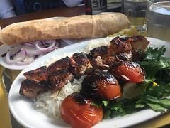 Lunch 21/9 (Atomeyes) Tags: mat kolgrill lamm kyckling ris brd persilja tomat lk vatten