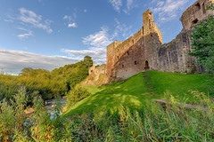 Late Summer Sunshine over Hailes Castle, East Lothian (MilesGrayPhotography (AnimalsBeforeHumans)) Tags: architecture autostitch britain blending rivertyne canon 6d canon6d 1635 canonef1635mmf4lisusm castle hailescastle dusk eos ef europe evening eastlothian eastlinton f4l glow golden historic historicscotland iconic uk landscape lothians outdoors photography photo panorama rocks ruins river shadows scotland sunset sky scenic sunshine town village wide