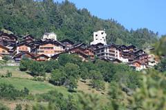 Village de montagne non loin d'Evolne (Canton du Valais, Suisse) (bobroy20) Tags: suisse cantonduvalais montagne sion evolne chalet valais wallis tourisme