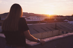 I (Rubn T.F.) Tags: summer girl woman portrait sunset back roof