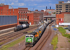 """Westbound Transfer in Kansas City, MO (""""Righteous"""" Grant G.) Tags: bnsf railway railroad bn burlington northern up union pacific west westbound bottoms train trains transfer freight kansas city missouri"""