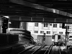 A Thameslink Class 387 climbs out of the tunnel at Blackfriars, London (Steve Hobson) Tags: thameslink class 387 emu blackfriars london