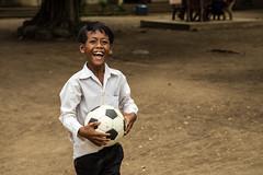 Football moment (Chiara Abbate) Tags: cambodia primary happy relax school ball football guys poor skuon seller kampong cham chiara abbate chiarabbate ontheroad smile happiness cambogia children