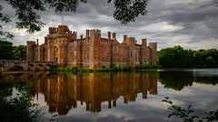 Herstmonceux Castle reflections (TanzPanorama) Tags: england sussex eastsussex herstmonceux castle castillo herstmonceuxcastle water moat elizabethan tanzpanorama sonya7ii sony fe1635mmf4zaoss sel1635z zeiss travel tourism scenery landscape building medieval history heritage historical brick haidapro 10stopfilter haida30 nd1000 wow