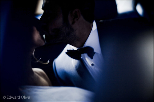 Backseat Mercedes s500 wedding in Madrid Spain summer 2012 - Edward Olive fotografo de bodas, preboda, postboda ejemplo de una boda en el Pardo verano de 2012