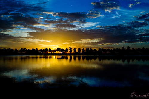 mystic morning (prasanth2406) nature sunrise photography nikon natureza national geographic facebook mfcc supershot flickraward nikonflickraward bestcapturesaoi mygearandme magicmomentsinyourlife bewiahn