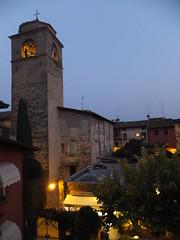 Sirmione by Night (pelu@muc) Tags: church night cloudy sirmione lagodigarda
