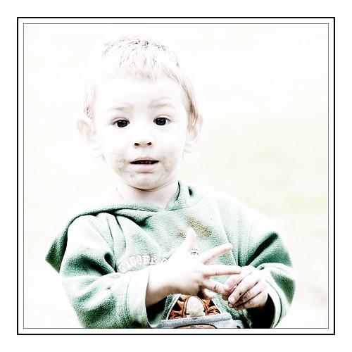 Jeune indien MicMac en Nouvelle-Écosse (Young MicMac Indian boy)