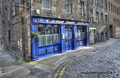 "Edinburgh Cafe • <a style=""font-size:0.8em;"" href=""http://www.flickr.com/photos/45090765@N05/7992541193/"" target=""_blank"">View on Flickr</a>"