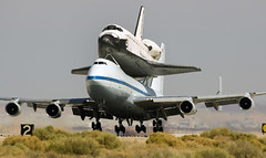 Space Shuttle Endeavor (Code20Photog) Tags: california force desert space sca air flight center research mojave shuttle boeing edwards base 747 endeavor dryden nasa905