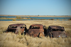 Out on three rusty car road. (Huleo-1) Tags: