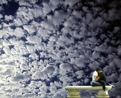 Il paradiso all'improvviso (meghimeg) Tags: sky love clouds bench hug kiss couple paradise nuvole baci cielo amore paradiso 2012 coppia abbraccio panchina albenga