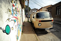 DSC_1586 (DieguitoMC) Tags: chile old winter summer people streets cold beach water del buildings graffiti valparaiso mar viña cables 2012 quilpue