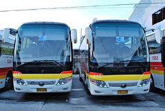 Twins (raptor_031) Tags: bus suspension air philippines transport victory co operation ltd inc zhengzhou provincial 212 liner 218 yutong yuchai zk6107ha zk6107cra yc6a26030