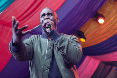 De La Soul @ Mostly Jazz Festival 4 (preynolds) Tags: festival concert birmingham raw dof stage gig livemusic noflash hiphop rap rapper moseley frontman mark2 stagelights moseleyprivatepark tamron2470mm canon5dmarkii counteractmagazine mostlyjazz2016