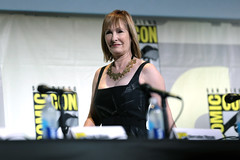 Gale Anne Hurd (Gage Skidmore) Tags: dave erickson alpert greg nicotero robert kirkman gale anne hurd colman domingo kim dickens cliff curtis frank dillane mercedes mason alycia debnam carey lorenzo james henrie danay garcia fear walking dead amc san diego comic con international california convention center