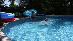 1E7A5448 (anjanettew) Tags: swimming diving kids pool summer fun twins sillykids splashing babypool
