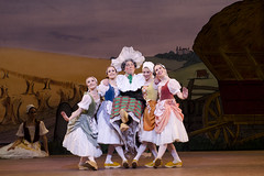 Dance highlight: the Clog Dance from <em>La Fille mal gardée</em>