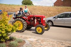Rallye de vieux Tracteurs (saigneurdeguerre) Tags: europe europa belgique belgi belgien belgium belgica brabant wallon orplepetit 28082016 rallye de vieux tracteurs
