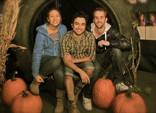 PRODUCERS K.G., JAVI & CONOR AT THE RAINFOREST LEARNING CENTER'S RECENT HARVEST MOON CHILDREN'S FALL ART SHOW