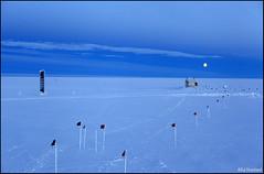 Moonrise Over the Big Empty (Ed.Stockard) Tags: snow ice weather glacier arctic moonrise greenland summit summitstation icesheet