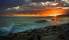 Kaka'ako Waterfront Park Sunsets (krax78) Tags: ocean sunset nature clouds heineken hawaii islands rainbow paradise surf waves oahu horizon shore pidgeons honolulu lightning aloha pele beter 808 kakaakopark lavabed udown