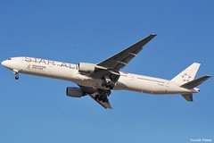 9V-SYL (Kurush Pawar - DXB) Tags: nikon dubai boeing 777 dxb singaporeairlines d60 staralliance omdb 9vsyl