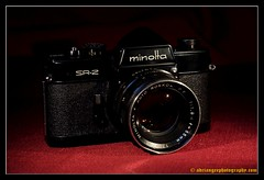 MINOLTA SR-2 BLACK. 1 (adriangeephotography) Tags: camera old black slr classic 120 film leather 35mm vintage lens photography early antique 110 rangefinder cine collection chrome finish roll adrian gee array collectable fujis5pro 55f28micronikkor adriangeephotography
