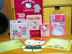 Miscellaneous Kittyness (Jay Tilston) Tags: hello pez notes sewing eraser kitty memo sweets kit stationery notepaper