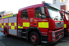 [NEW] NIFRS / E2179 / ERZ 9061 / Volvo FM-11 / Operational Support Pump (Nick 999) Tags: blue rescue fire lights volvo central belfast 11 led pump browns vehicle leds service emergency fm rp firefighters sirens lightbar erz 9061 northernirelandfireandrescueservice nifrs