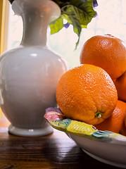 Oranges (Chelle Caldwell) Tags: stilllife fruit photography seasonal oranges organic foodphotography bowloffruit stilllifephotography seasonalfruit organicoranges