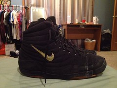 I want these gone fast (brockdanko) Tags: black gold shoes 10 wrestling si small 9 nike size og asics iwant 95 cheap siz reissue asic ogs size9 wrestlingshoes reissued reissues size95 rulons inflicts