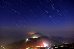 (Vincent_Ting) Tags: sunset sky clouds taiwan  formosa  jiayi startrails   seaofclouds alisan    teafield     flickrandroidapp:filter=none