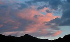 2016 8 17 il cielo sopra Lanzo d'Intelvi (mario_ghezzi) Tags: lanzodintelvi lombardia italia intelvi valledintelvi nikon coolpix nikoncoolpix p6000 coolpixp6000 nikonp6000 nikoncoolpixp6000 marioghezzi noreflex cielo nuvola tramonto