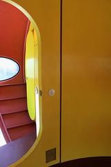IMG_0067 (www.ilkkajukarainen.fi) Tags: emma door futuro mattisuuronen lujitemuovi muovi talo design modern ufo style polyester acrylic ellipsi ellips museum musée museet museo museumstuff retro esspoo suomi finlad europa visit eu scandinavia 1968 fresh colour fiberglass