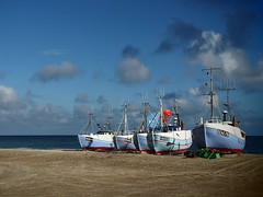 Nordjylland 2016 (hunbille) Tags: thorup thorupstrand torup strand fishing boats beach denmark boat nordjylland kutter fiskekutter northsea north sea vesterhavet five cy2
