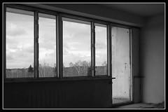 IMG_5912 (jozwa.maryn) Tags: komino bornesulinowo opuszczone abandoned miasto town duch ghost westfalenhof blokowisko