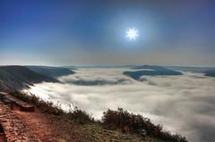 Nebel im Moseltal (oblakkurt) Tags: nebelstimmung sonnenstimmung mosel