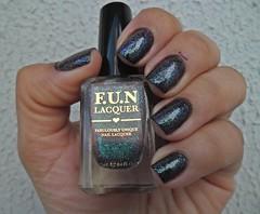 Edgy (H) - F.U.N Lacquer (Raabh Aquino) Tags: unhas esmaltes glitter hologrfico multichrome nails nailpolish holographic fun