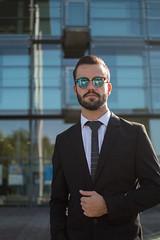 Buisness male model hex tie (alparslankabasakal1) Tags: volksbank niklas hex anzug buisness sonnenbrille bank