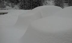 Madesimo, Car under snow (alexgiordano965) Tags: italia italy lombardia valtellina valchiavenna madesimo campodolcino sondrio bormio snow big neve montagna mountain ski sci piste gelo alpi alpes car maccjina sotto under