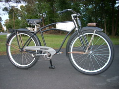 DSCN1569 (ijt64) Tags: bike bicycle rat deluxe balloon tire super rod 1946 monark 194612