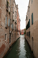 Venice canal (Frans Persoon) Tags: street old city venice houses italy water canal nikon view tourist nikkor venetie attraction d300