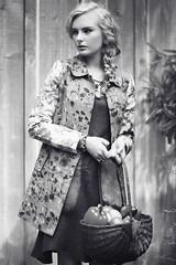 Karrington T. (Mariana Quevedo) Tags: portrait beauty fashion canon vintage model whimsy foto outdoor 85mm naturallight lightleak marianaquevedophotography beautyshotoutdoors
