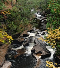 Presque Isle river (Potholes) Porcupine Mountains State Park (Michigan Nut) Tags: park autumn usa fall nature leaves river landscape waterfall stream michigan scenic cascade presqueisleriver johnmccormick porcupinemountainsstatepark michigansupperpeninsula michigannutphotography nikon1635mmf4gedafsvrwideanglezoomlens