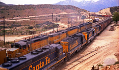 A Morning on Cajon - 5 (GRNDMND) Tags: california santafe up trains summit unionpacific sd45 emd atsf gp30 cajonpass sd24 rsd15 sdp35 gp30b gp20b
